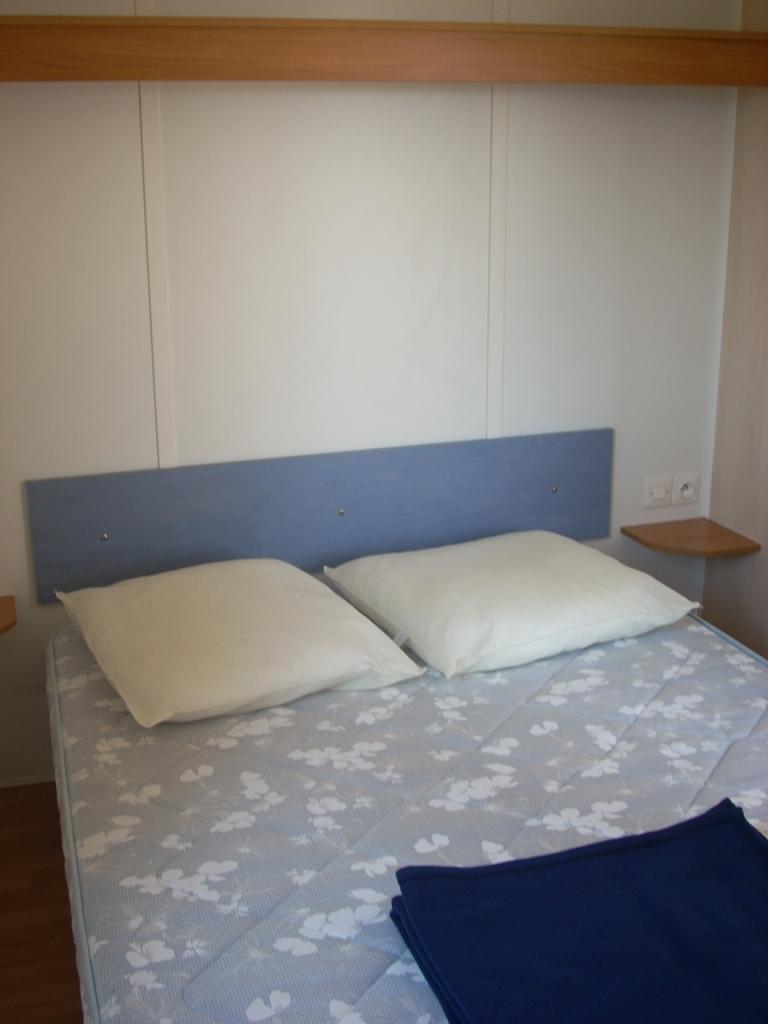 Chambre avec lit double pas cher proche Challans