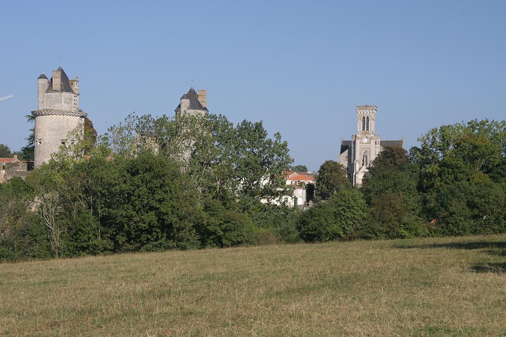 le chateau d'Apremont
